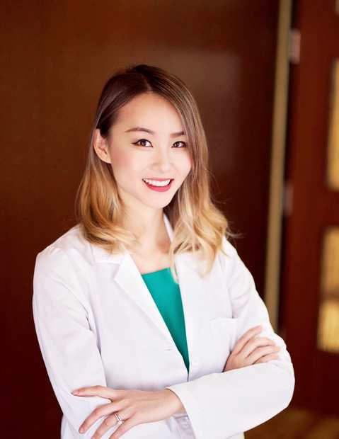 Dagny Zhu, M.D. head shot